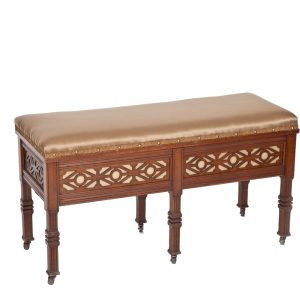 Fretwork-Duet-Stool